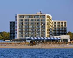 Top Places to Stay in Virginia Beach